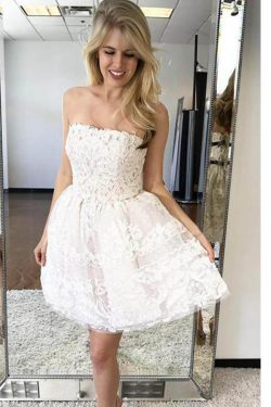 Elegant A-line Tulle Strapless Neckline Appliques Homecoming Dresses M452 – Ombreprom