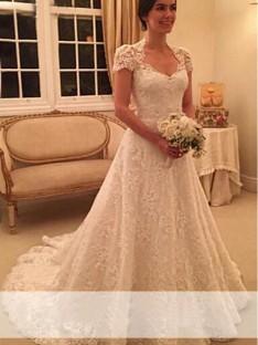 A-ligne/Princesse Col en coeur Traîne Tribunal Manches Courtes Dentelle Robes de Mariée