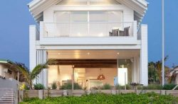 5 Bedroom Beachfront Villa in Mermaid Beach, Gold Coast, Australia