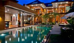 4 Bedrooms Bali Villa with Pool, Seminyak – VillaGetaways